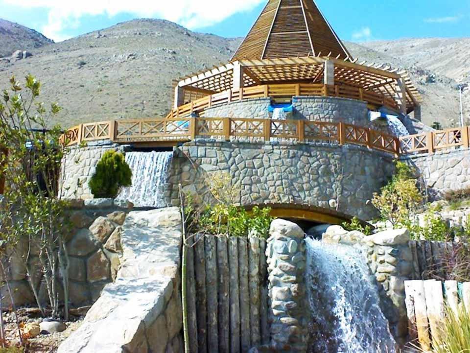 آبشار تهران (منطقه ۲۲)